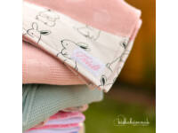 Rózsaszín Bárányfelhők Kapucnis StrandTörölköző
